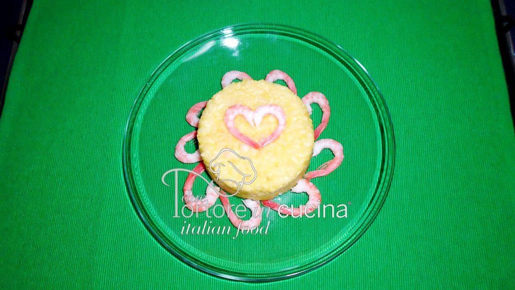 Risotto giallo con zucchine e gamberetti