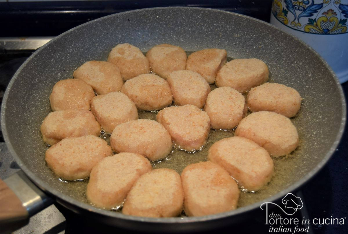 frittura di Nuggets di pollo